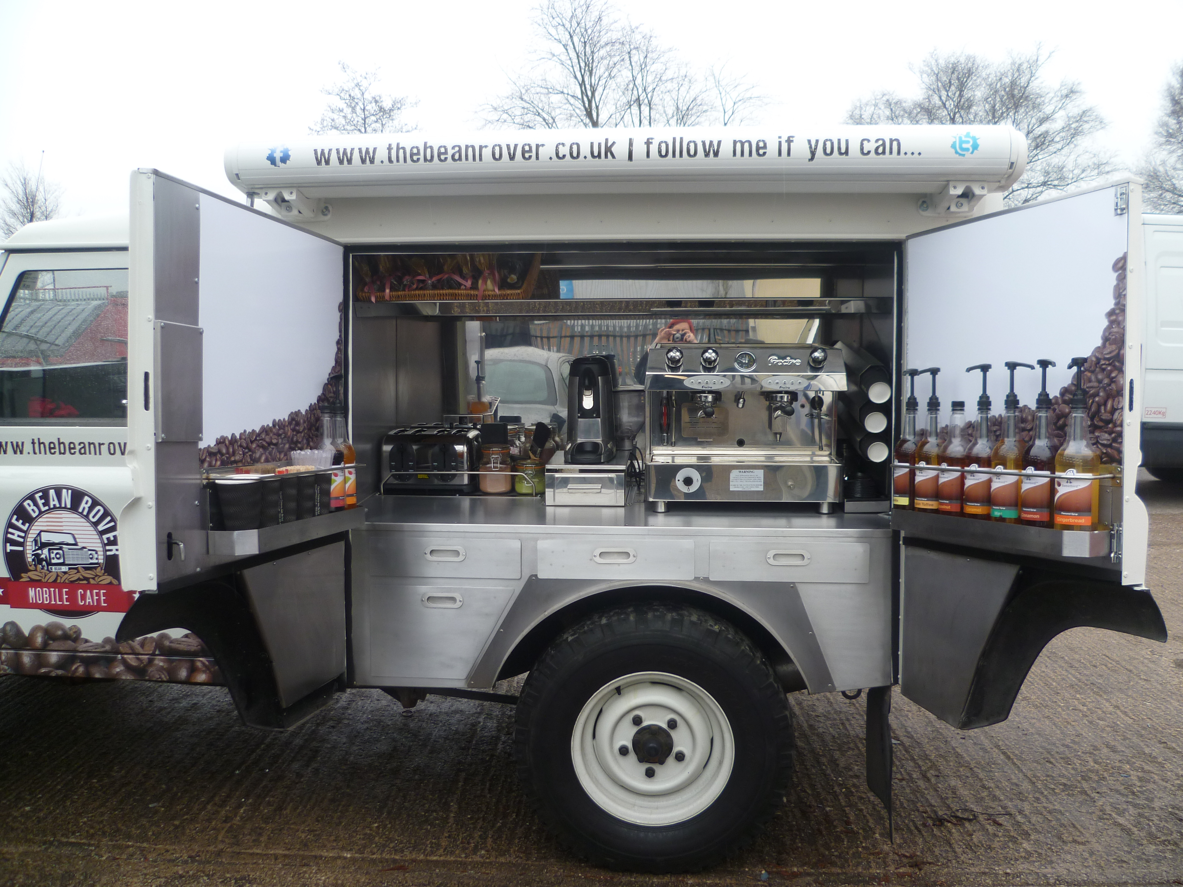 Landrover Coffee Van
